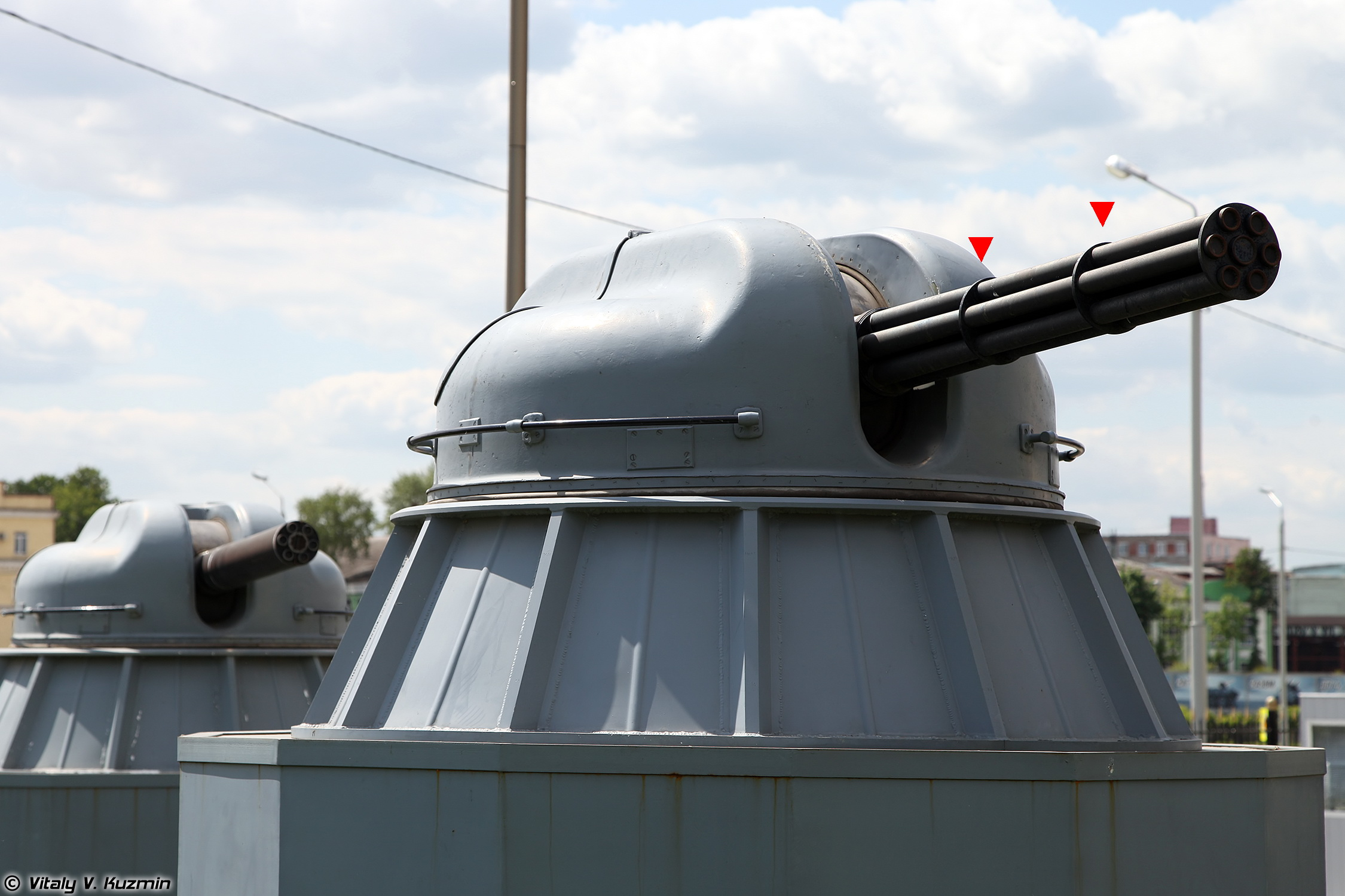 30mm_cannon_AK-306_at_Tula_State_Arms_Museum_-_2016_01-2.jpg